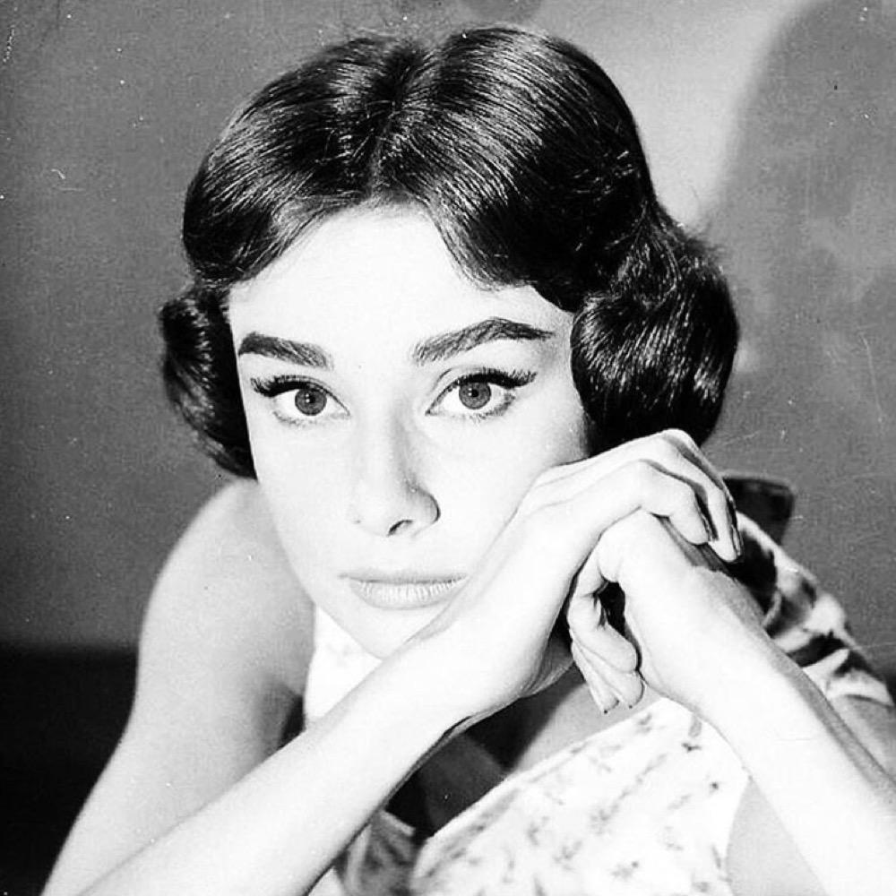 10-Gesicht-Adrey-Hepburn-1000